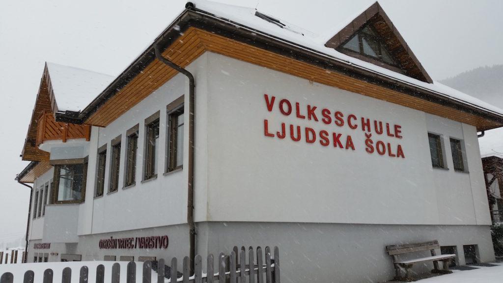 Zweisprachige Volksschule in Kärnten/Koroška